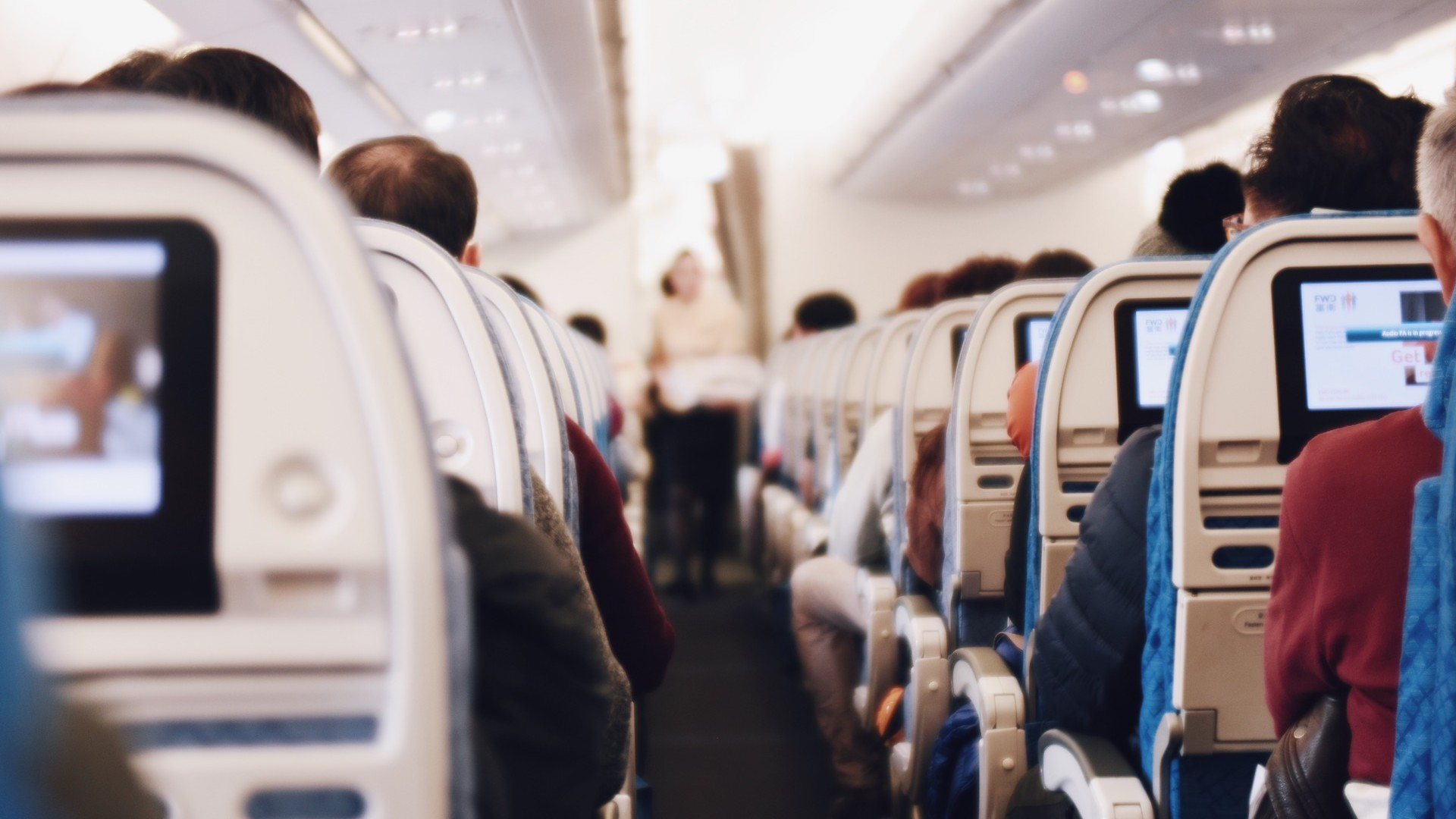 Tips Tidur Nyenyak Dalam Pesawat Terbang