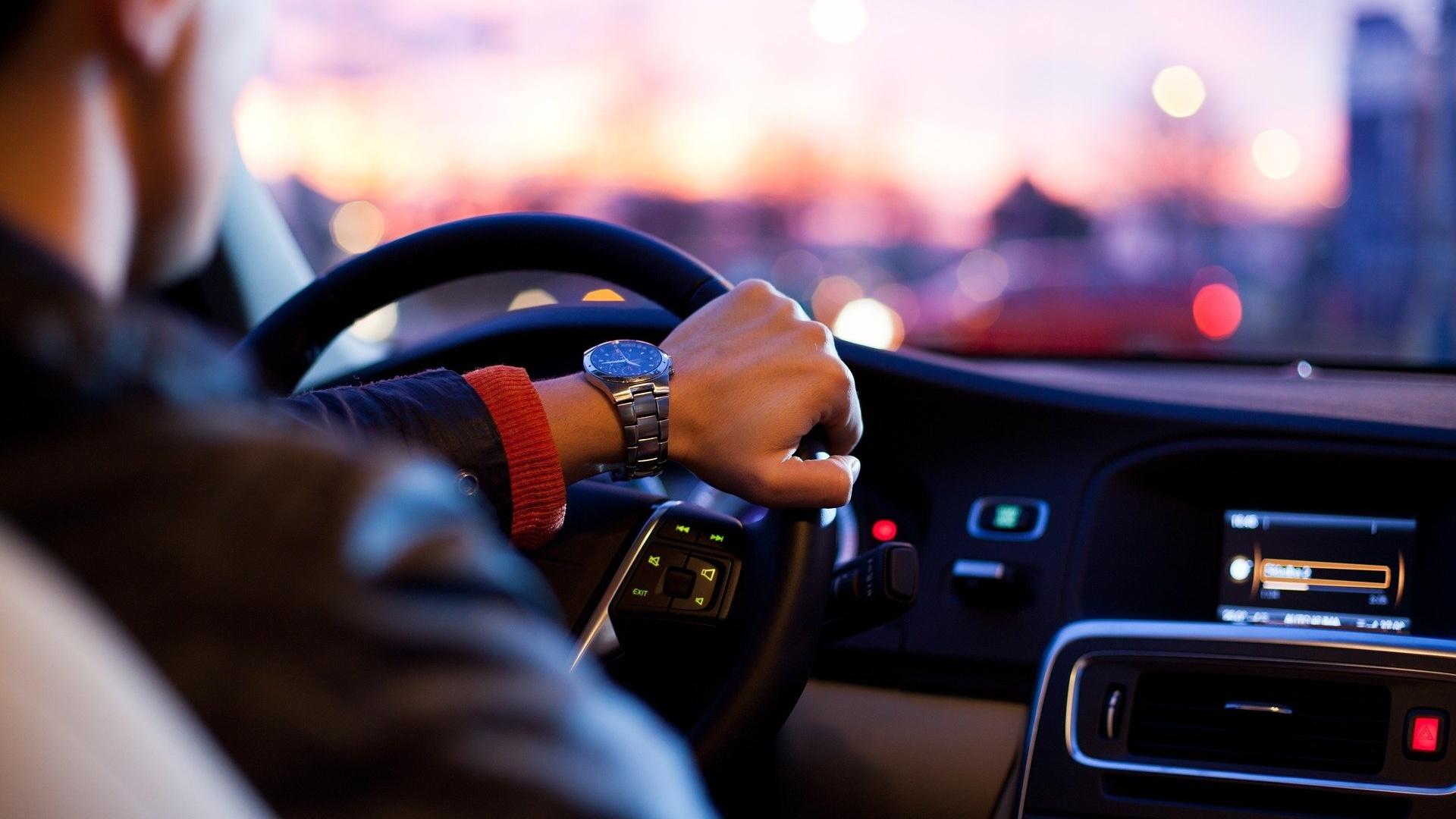Tips Rileks Di Tengah Kemacetan Lalu Lintas